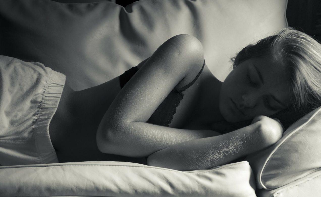 kombinezon do spania, piżamy jednoczęściowe, piżamy damskie, bawełna organiczna, Hello Morning